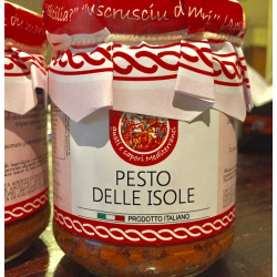 Pesto delle Isole, dried tomatoes, tuna and almonds in a 180g jar