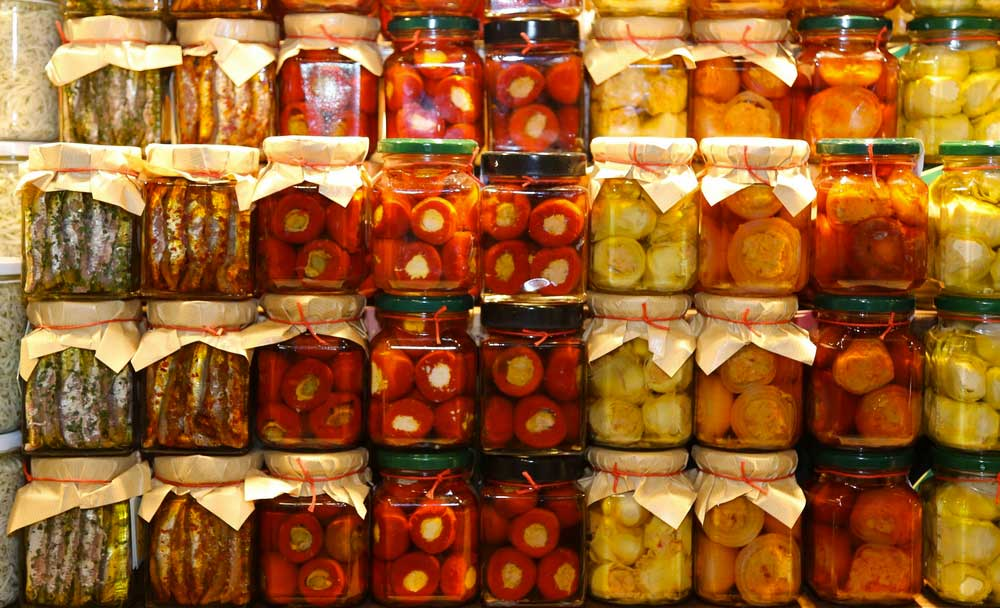 Online sale of Sicilian preserves - on insicilia.com sale of traditional Sicilian food wholesale and retail